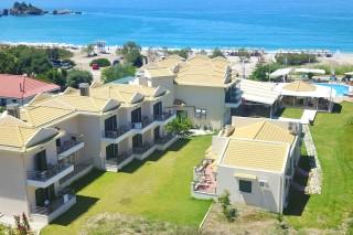 coralli-hotel-karavostasi-beach