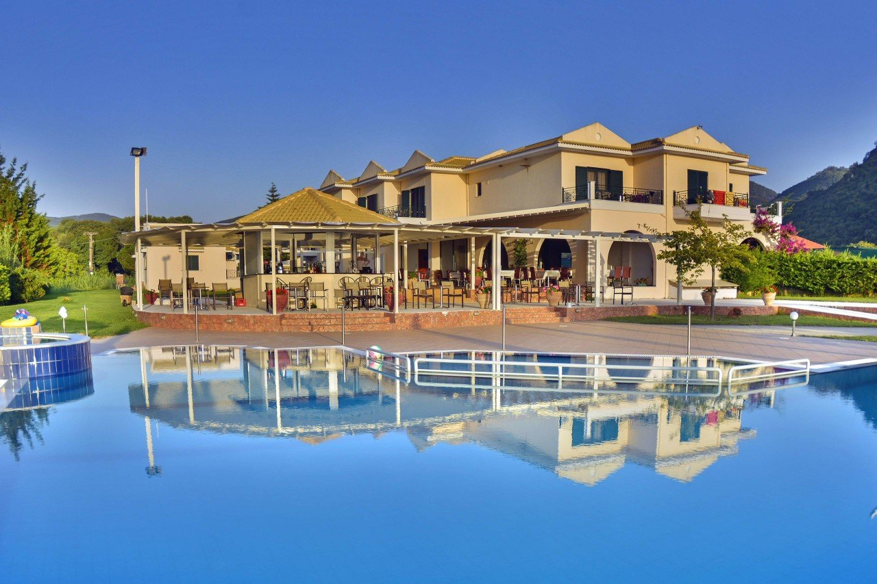 Hotel Coralli Karavostasi Beach